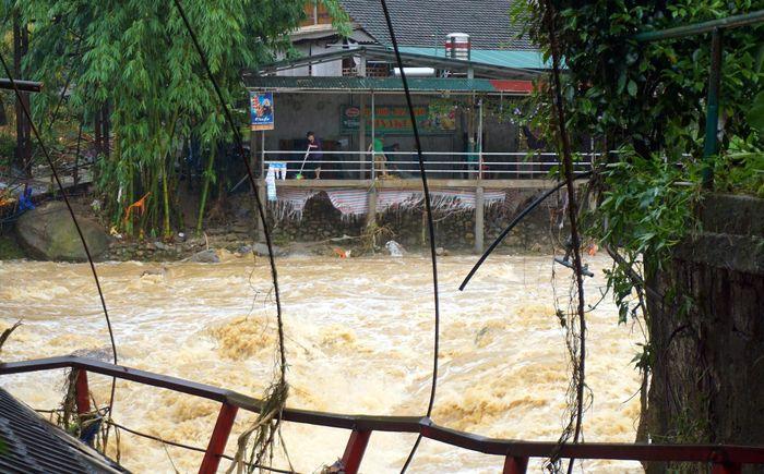 Báo VietTimes: Lào Cai nhanh chóng khắc phục hậu quả lũ quét