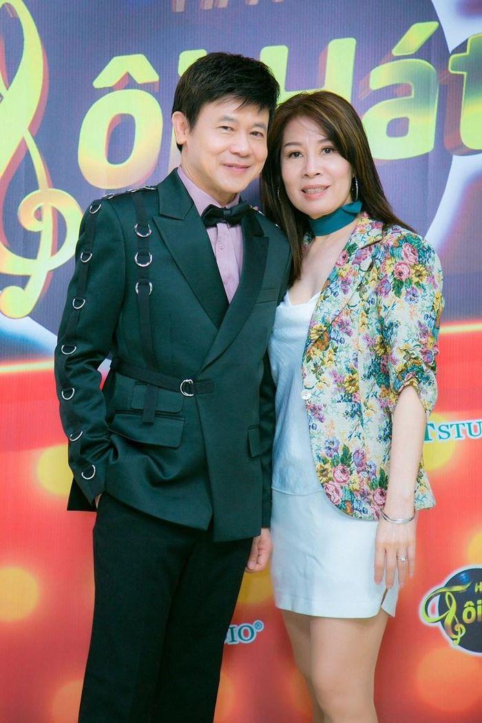 Danh ca Thái Châu gặt hái nhiều thành công nhờ vợ không ghen