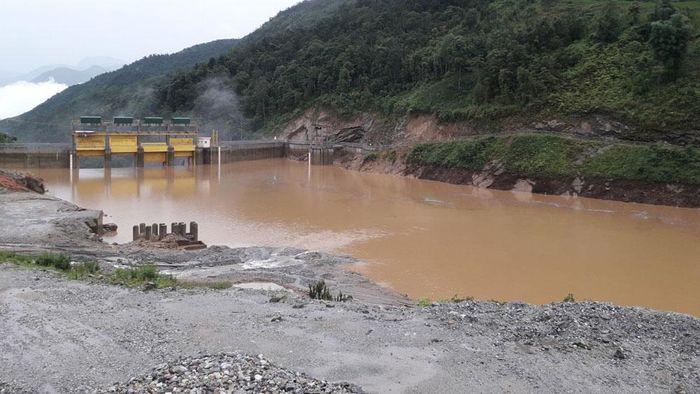 Bản Hồ : Xả Đập Thủy Điện Sapa  Cần Gì Phải Thông Báo Nhỉ