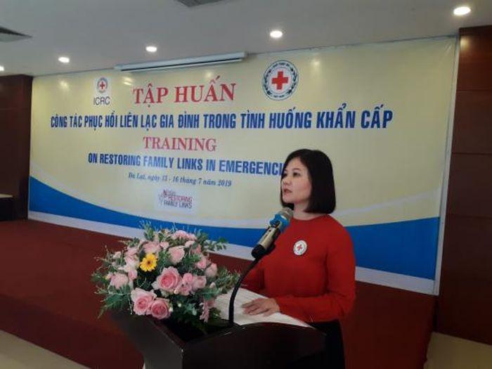 Báo NĐ&ĐS: Hội Chữ thập đỏ Việt Nam tập huấn phục hồi liên lạc gia đình trong tình huống khẩn cấp