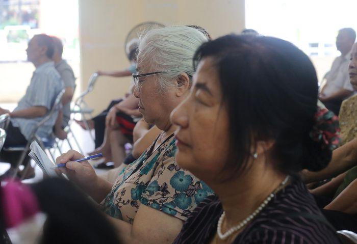 Người dân vẫn hoang mang về môi trường, thủy ngân sau vụ cháy Rạng Đông
