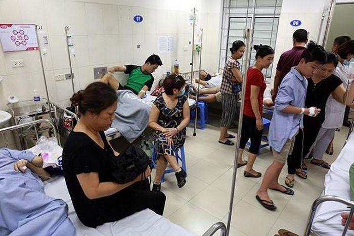 Đỉnh dịch sốt xuất huyết ở Hà Nội, nhiều ca biến chứng nặng suy đa tạng