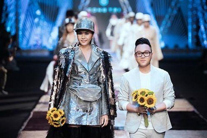 Hai ông hoàng thời trang Việt mở màn cho Tuần lễ Thời trang Quốc tế Việt Nam