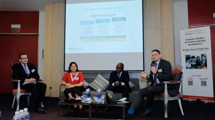 Đại học RMIT ra mắt chương trình Thạc sĩ Thương mại toàn cầu