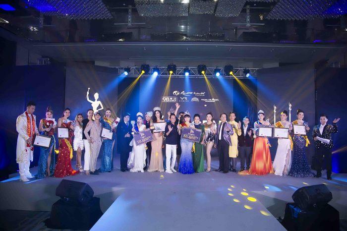 Hoa hậu Đại Dương Doanh nhân quốc tế 2019 đã gọi tên Phạm Bích Thủy - Ảnh 9