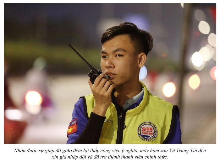Biệt đội cứu hộ xuyên đêm miễn phí ở Sài Gòn (xe bể bánh, hết xăng, hư bugi,...) 5