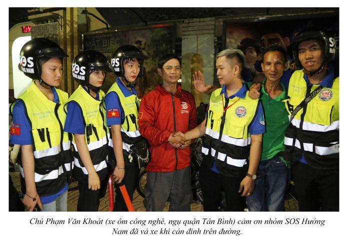 Biệt đội cứu hộ xuyên đêm miễn phí ở Sài Gòn (xe bể bánh, hết xăng, hư bugi,...) 18