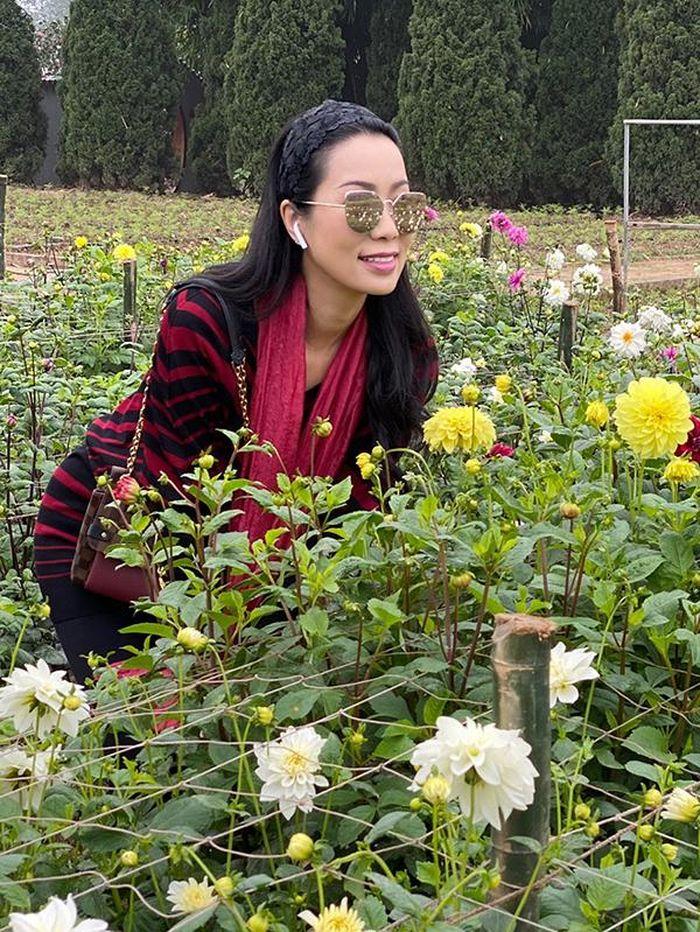 Trịnh Kim Chi hóa nàng thơ đón xuân sớm tại Hà Nội