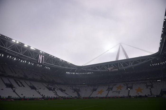 Serie A khó lòng đón khán giả trở lại trước tháng 10