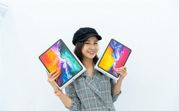 Trên tay iPad Pro 2020 'mạnh hơn laptop', giá từ 26,9 triệu đồng