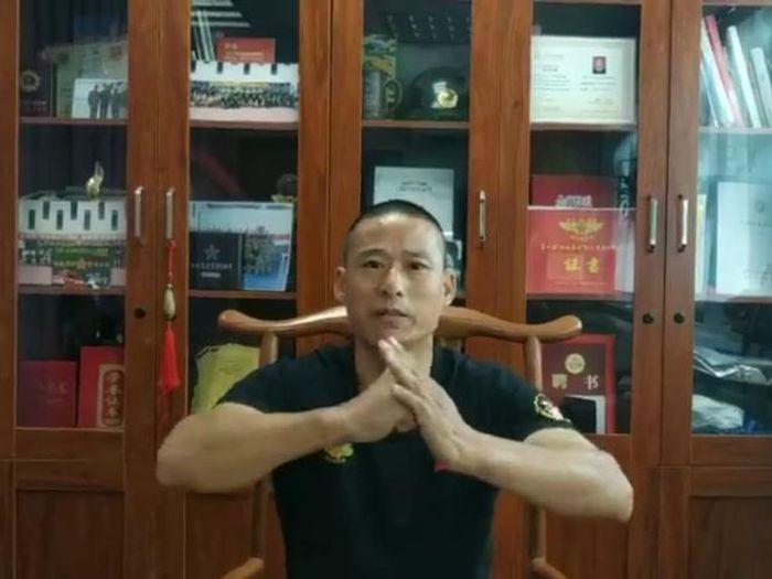 'Cao thủ điểm huyệt' Trung Quốc đứng trước kịch bản tỉ thí 'bản sao Lý Tiểu Long'