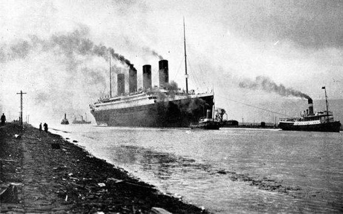 Ly kỳ chuyện hành khách Titanic 'du hành vượt thời gian' nên thoát chết thần kỳ