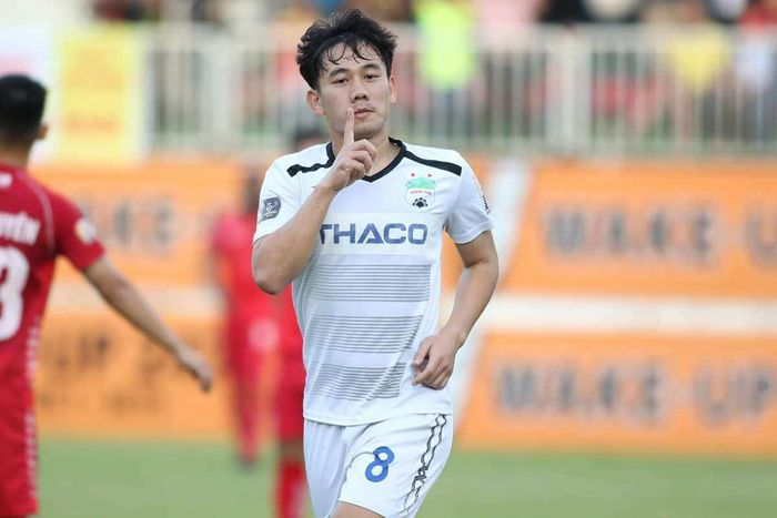 Nỗi buồn của cầu thủ Việt Nam đầu tiên được HLV Park Hang-seo 'chấm'