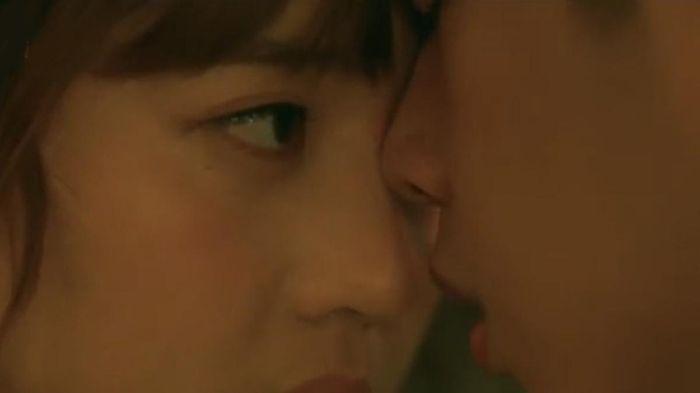 Tập 21 'Noãn Noãn, xin chỉ giáo nhiều hơn': Hàng loạt nụ hôn ngọt ngào chỉ trong một tập phim