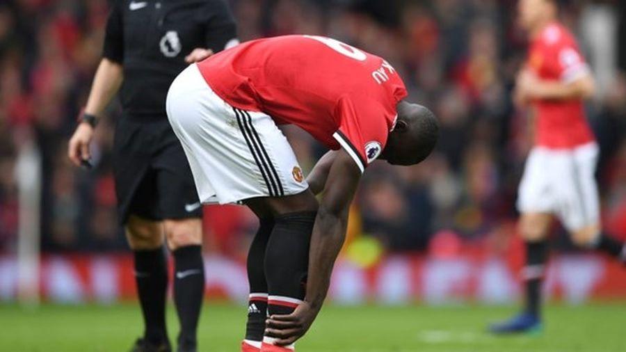 Sanchez dính chấn thương, Lukaku trở lại chuẩn bị cho trận Man City - Man United