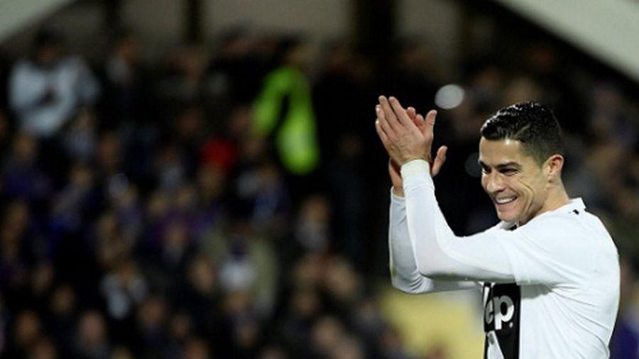 Ronaldo dẫn đầu cuộc đua Vua phá lưới Serie A